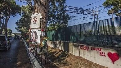 Troppe buche: su tre km di via Ostiense  divieto di transito alle due ruote