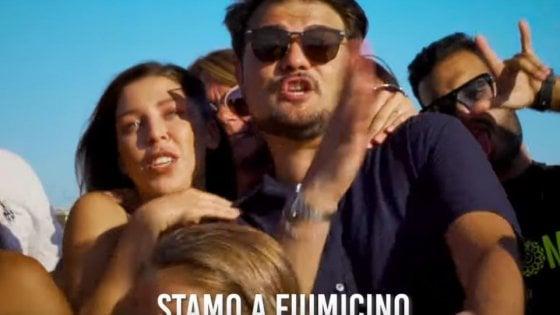 """""""Stamo a Fiumicino"""": così si balla il tormentone estivo in romanesco"""