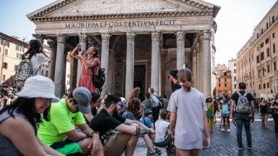 Rep :   RistoPantheon a Roma, la piazza del fast food   foto