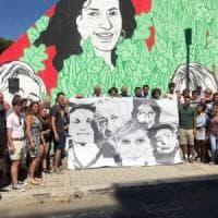 Ostia, 35mila firme contro la censura del murale per la legalità