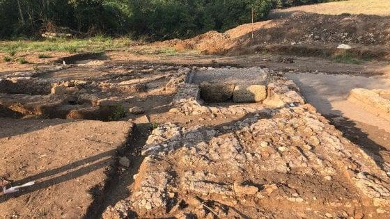 Le meraviglie dell'antica Satricum: scoperte villa rurale romana e due sepolture a Latina