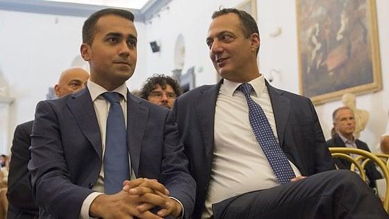 Roma, De Vito, consigliere M5s sospeso e sotto inchiesta, va all'attacco: esposto contro Di Maio