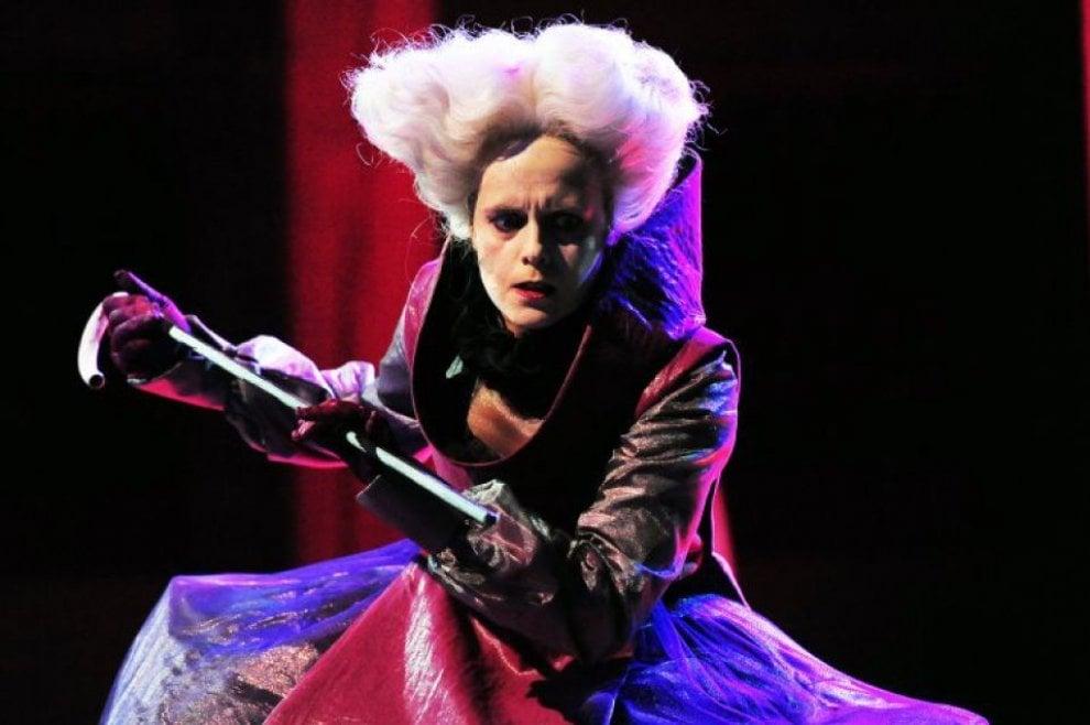 Duelli di spade, crimini e potere: Riccardo III al Globe Theatre