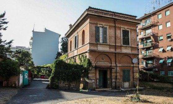 Roma, nasce il comitato per difendere la Casa delle Donne Lucha y Siesta