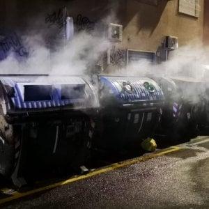 Da Frosinone a Roma per incendiare cassonetti: sessantenne in manette