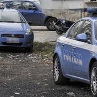 Roma, spari in strada ad Acilia vicino a una sala giochi, un uomo ferito alla gamba