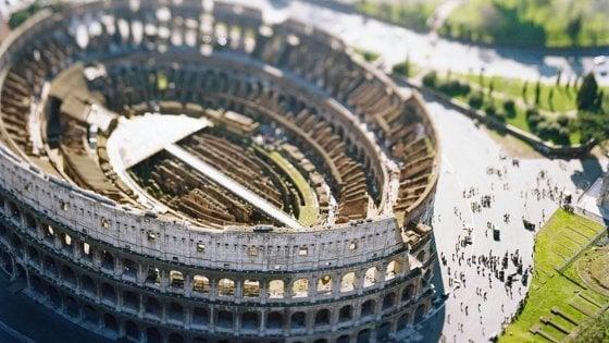 Aperture straordinarie, visite guidate e spettacoli: al Colosseo le Giornate del Patrimonio