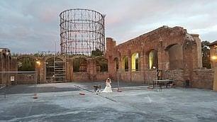 Teatro India ha 20 anni gran festa nell'hangar
