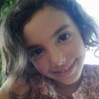 Morta a 10 anni durante intervento all'orecchio, l'accusa: