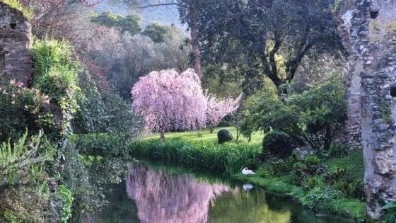 Giardini di Ninfa, aperture straordinarie a ottobre con visite a Cori, Sermoneta e Norma