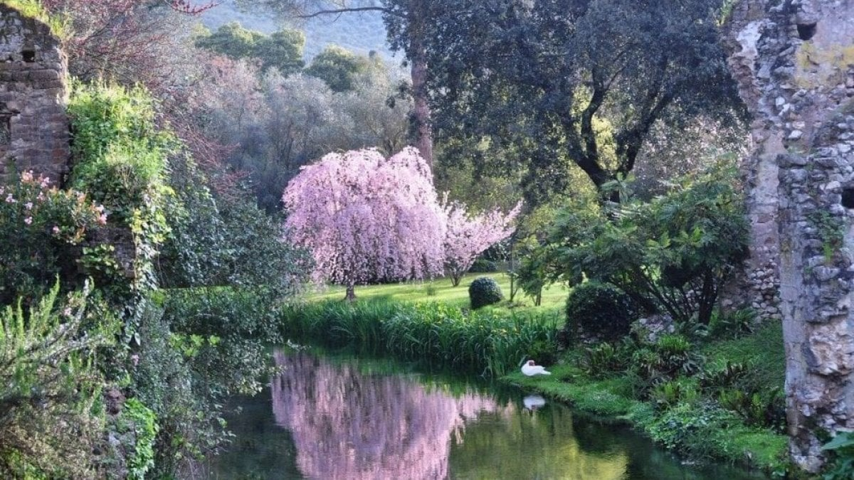 i giardini di ninfa apertura)