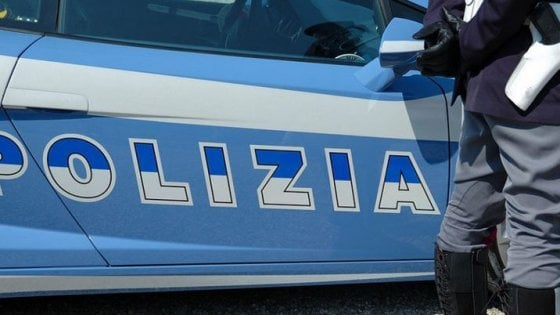 Roma, bimba di 10 anni tenta il suicidio: la salvano due poliziotte