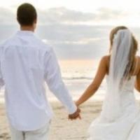 Matrimoni in spiaggia a Ostia: dal 4 ottobre nozze in riva al mare