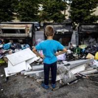 L'emergenza rifiuti a Roma,  Ama: bilanci e raccolta nel mirino dei pm. Giallo su 150 milioni