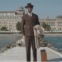Neri Marcorè è Mario Pirani: il doc per raccontare la vita del grande giornalista testimone del '900