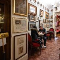 Roma, la guerra del Caffé Greco: un cavillo burocratico fa slittare lo