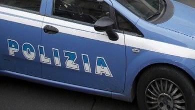 Bloccati due rapinatori di Rolex. Agenti sparano colpo in aria, paura in corso Francia