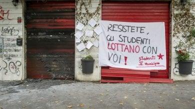"""Regia unica dietro i 4 roghi di Centocelle La rabbia dei residenti: """"Il quartiere reagirà"""""""