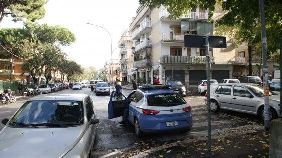 """Incendi dolosi a Centocelle, oggi nuovo corteo di autodifesa: """"Noi non abbiamo paura"""""""