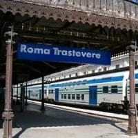 Roma, peruviana spinta giù sui binari della stazione Trastevere, è gravissima