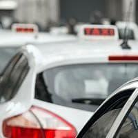 Taxi, disagi per lo sciopero ma il Campidoglio tiene duro: