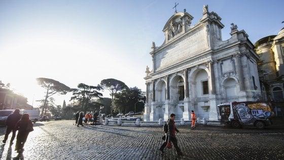 Roma, restauro griffato per il Fontanone e le tre sorelle