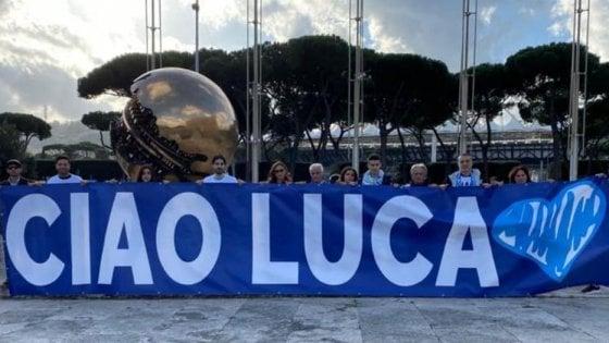 """""""Ciao Luca"""": i Sacchi all'Olimpico, l'omaggio dei tifosi e di Ciro Immobile"""