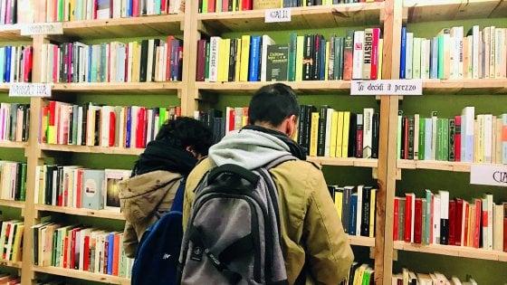 """Roma, a Torpignattara la casa dei libri: """"Il prezzo lo fai tu"""""""