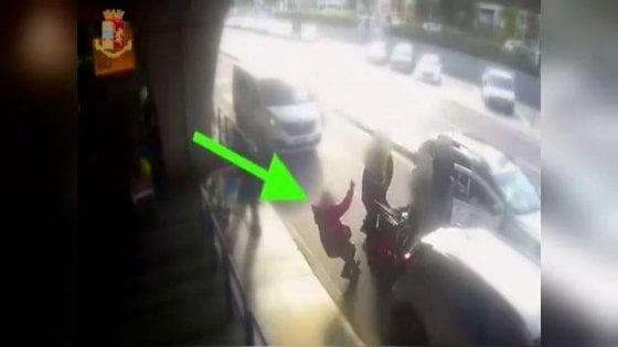 Fiumicino, passeggero chiede di usare il tassametro: tassista gli rompe il naso con un pugno