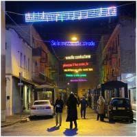 """""""Se piovesse il tuo nome"""": a Latina le luminarie con le parole di Calcutta"""