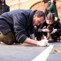 Roma, al Pigneto i nomi dei migranti morti in mare diventa opera d'arte con (S)ynk