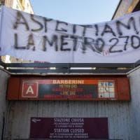 Roma, metro Barberini: slitta la riapertura. Flop dei collaudi sulle scale