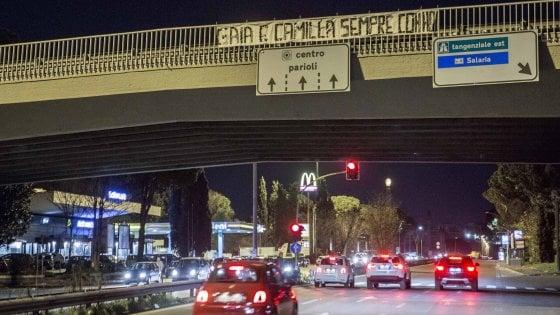 """Travolte e uccise a Roma, l'avvocato dei Romagnoli: """"Gaia e Camilla passate col verde"""" - Video"""