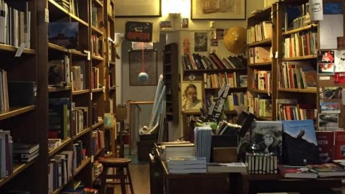 Libreria A Porta Di Roma roma, librerie in crisi: dalla regione fondi per 4,5 milioni
