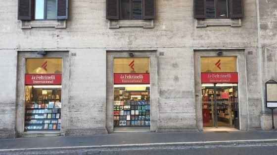 Chiudono due librerie Feltrinelli a Roma. Scompare la International: ritrovo di turisti e studenti
