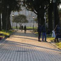 La terrazza sul Colosseo tra degrado e sporcizia
