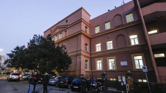 """Roma, scuola pubblica si presenta così: """"In una sede i figli dell'alta borghesia, nell'altra i ceti bassi"""""""