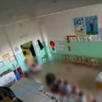 Schiaffi e urla contro i bambini all'asilo: arrestate 2 maestre alle porte di Roma
