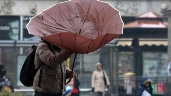 Meteo, allerta gialla per vento sul Lazio da lunedì 10 per 36 ore