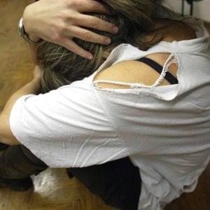 Roma, violenza contro le compagne: arrestati due uomini