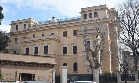 """Roma, Villa Paolina diventerà un condominio. Insorgono i comitati: """"Violato il vincolo"""""""