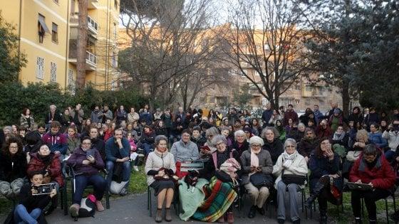 """Lucha y Siesta: """"Stop distacco utenze alla casa per le donne"""", ma M5s vota no"""