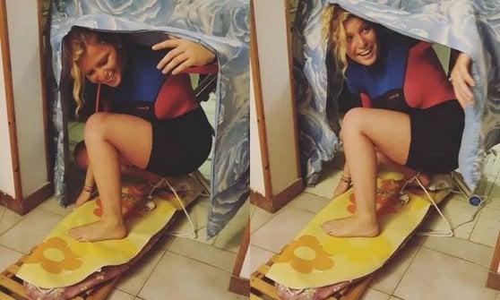 """Coronavirus, surf sul divano o sull'asse da stiro: lo sport """"alternativo"""" si fa su Instagram"""