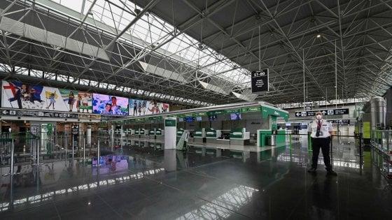 Coronavirus Roma, all'aeroporto di Fiumicino chiude anche l'area di imbarco E