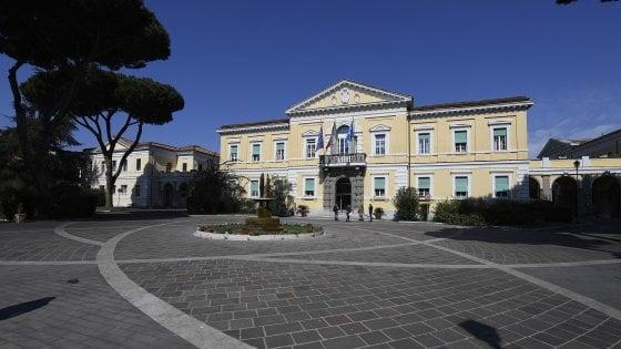 """Coronavirus Roma, l'autopsia sul giovane di 34 anni: """"Emanuele era sano, vittima del Covid"""""""