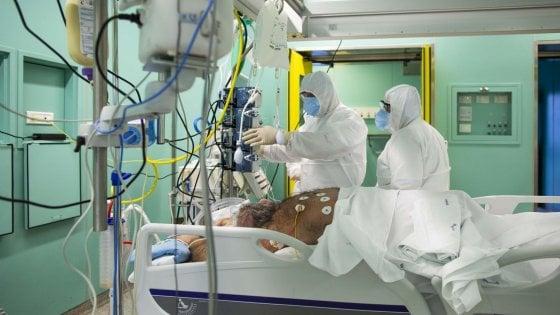 """Coronavirus Lazio, 12 morti e 2013 positivi, oggi 199 in più. """"Trend in leggero calo, sotto il 10%"""""""