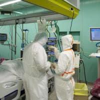 Coronavirus Roma, niente tamponi in prima linea. Rabbia dei medici: