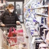 Coronavirus, a Viterbo obbligo di coprire naso e bocca nei negozi e negli