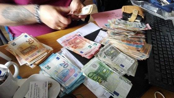 Prestiti con interessi al 300%: un arresto a Ostia. Roma, estorsione e usura: blitz a Primavalle. Quattro ordinanze