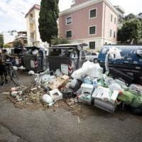 Rifiuti Roma, Ama ferma il porta a porta in alcune zone. Ed è polemica